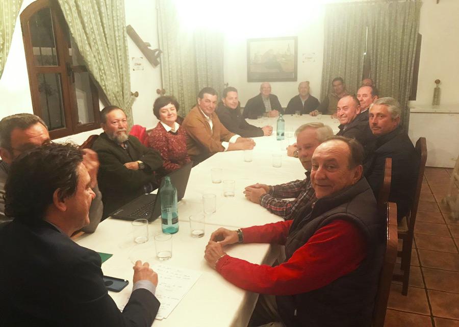 Reunión del Nuevo Delegado de Agricultura, Pesca y Medioambiente con los Representantes Ganaderos de la Provincia